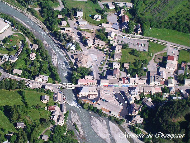 Photo-aerienne-Pont-du-Fosse1