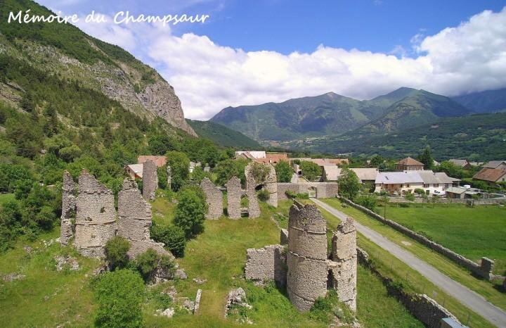 Château de Lesdiguières vue aérienne