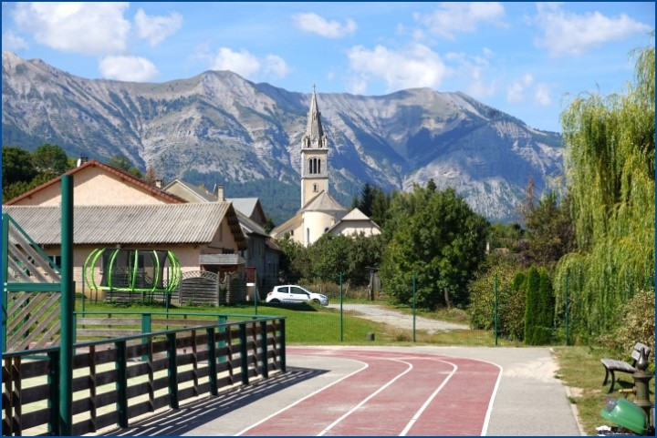 Saint Laurent du Cros stade